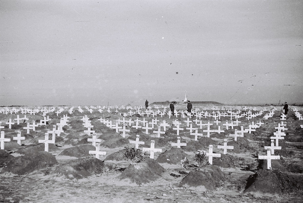 Cemetery in Groesbeek after the battle