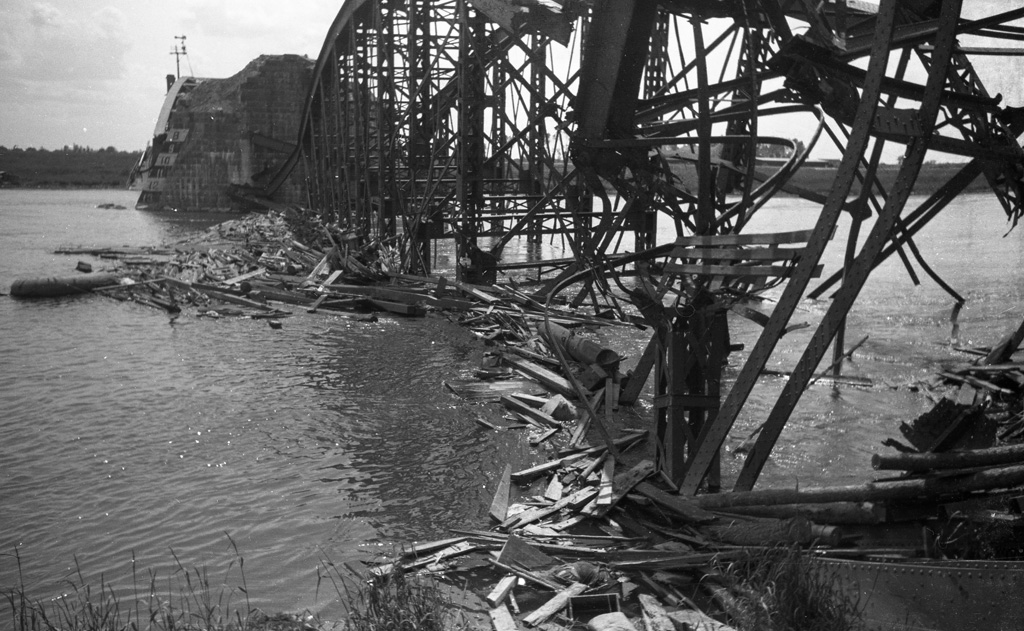 The destroyed bridge at Rhenen